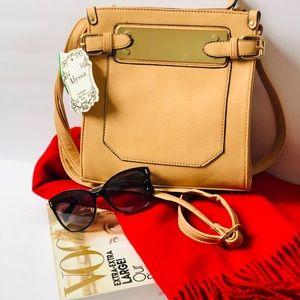 Alyssa Vegan Cream with gold trim Bag shoulder bag